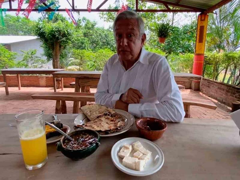 Plantea López Obrador importancia de corredor interoceánico